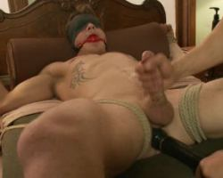 Bondage sex tried by a gay dude for the first time and he was totally wreck